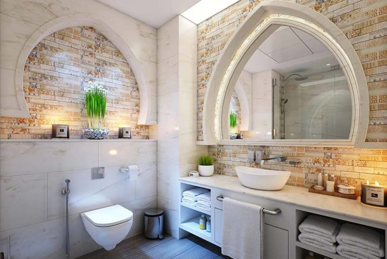 Luxury bathroom with decorative wall